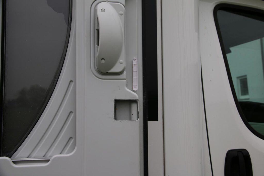 safe im wohnwagen einbauen
