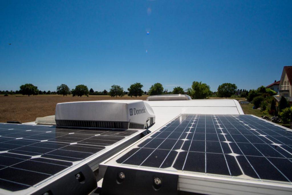 Klimaanlage auf dem Dach