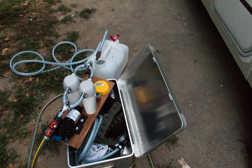 Wasserfilter an der Trinkwasserleitung
